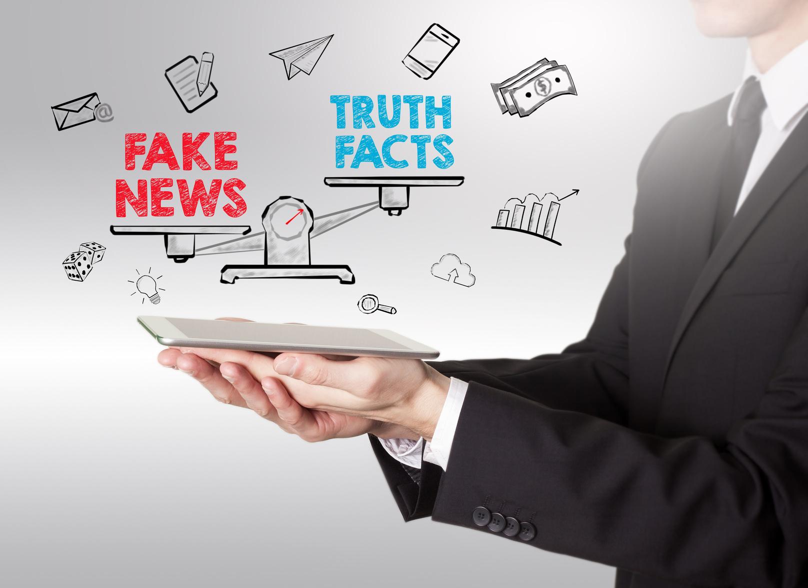 Információk hitelességének mérlegelése hagyományos könyvtári és hálózati környezetben