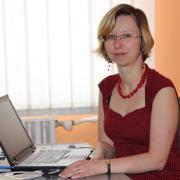 Fodorné Dr. Tóth Krisztina (PhD, adjunktus, PTE Bölcsészettudományi Kar Humán Fejlesztési és Művelődéstudományi Intézet, Felnőttképzési és Képességfejlesztési Tanszék)